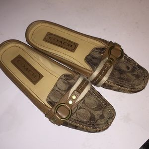 Coach Bailey loafer style shoes size 7